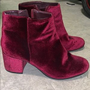 Sam Edelman Circus Maroon Chelsea suede boots